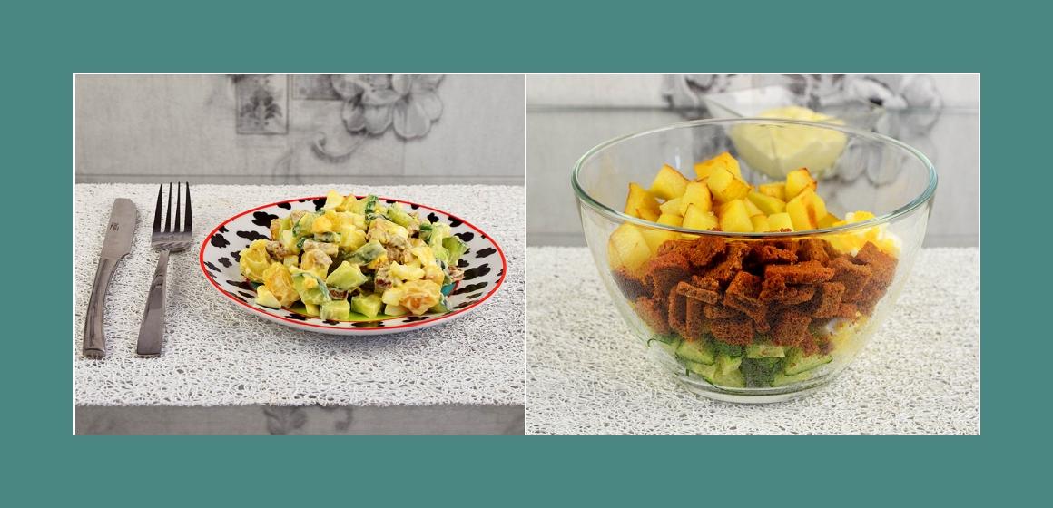 gemischter Salat mit Croutons und Mayonnaise Salat zum Grillen