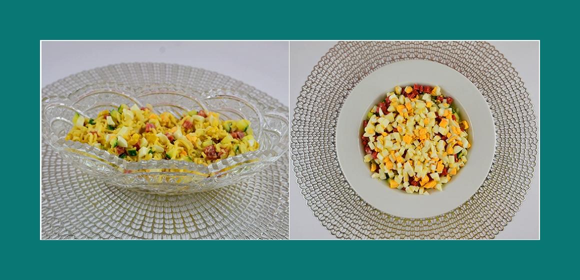 bunter Salat Wurst Eier Gurken