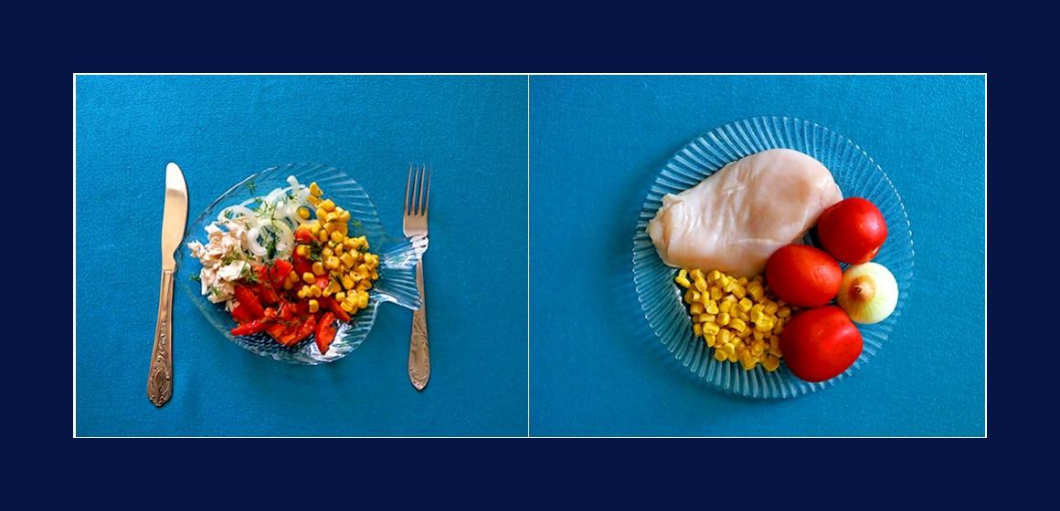 Sanfter Hähnchensalat mit Tomaten, Mais und Zwiebeln