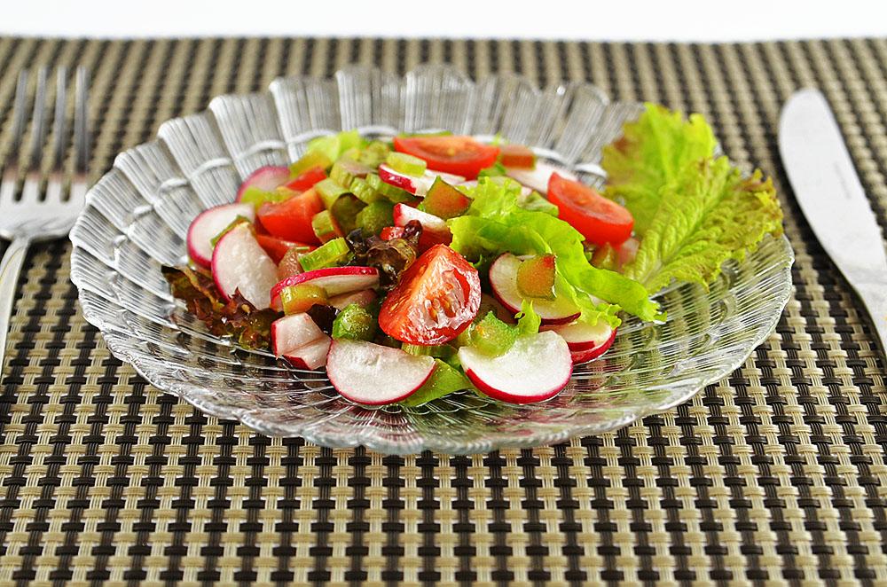 салат інгредієнти калорії